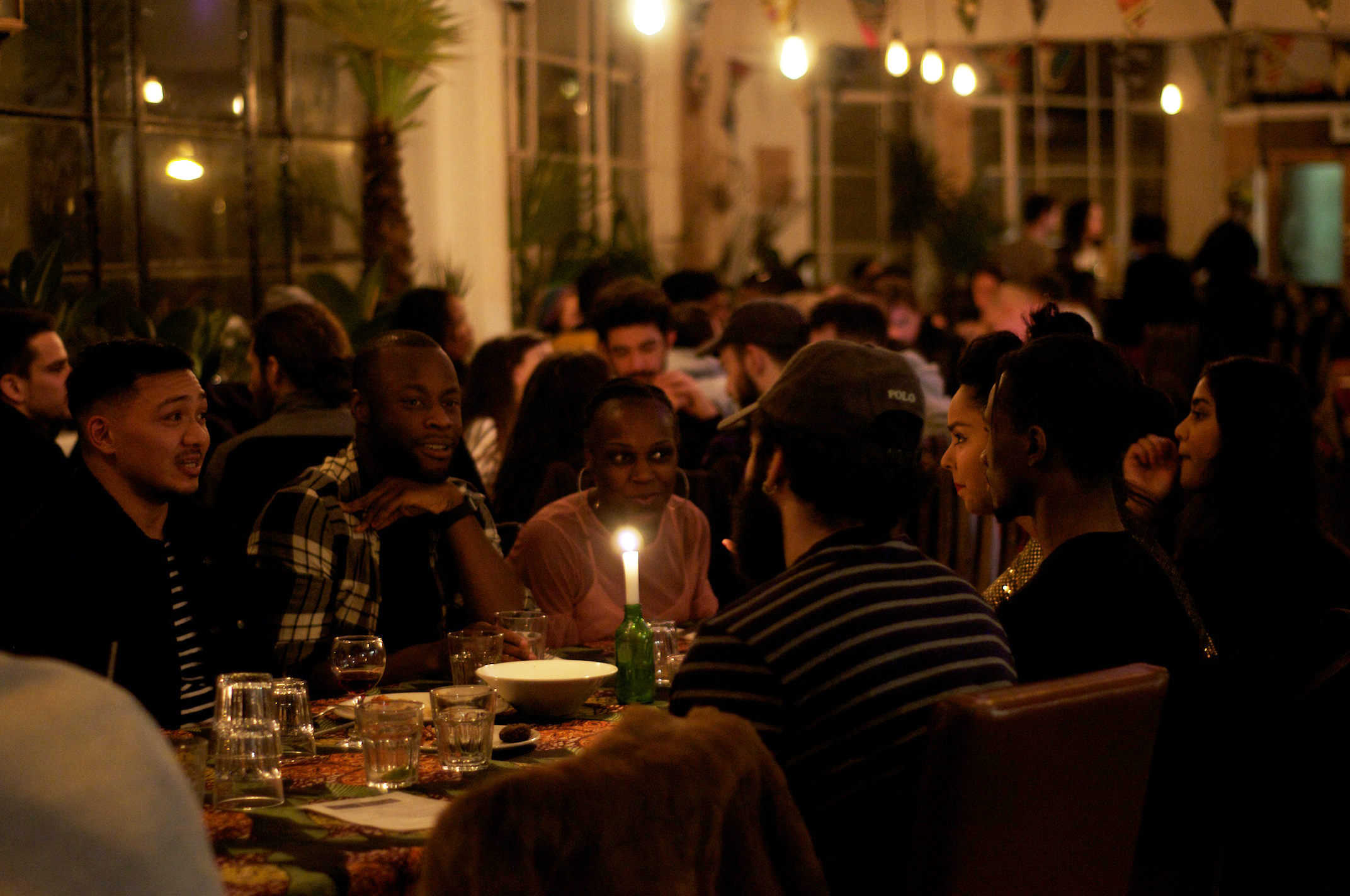 Diners enjoy Senegalese pop-up restaurant with live music